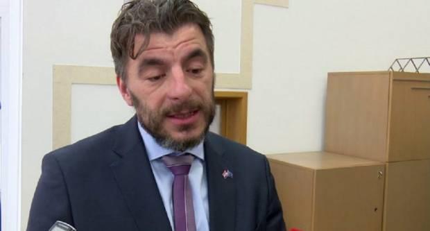 Ministar ispravio Dragana Jelića