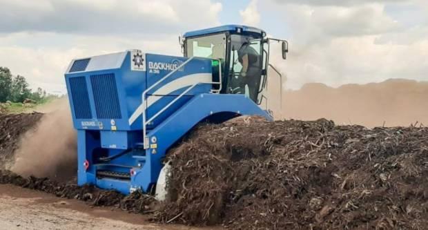 Izgradnja i opremanje kompostane na lokaciji Vinogradine (referentni broj Poziva: KK.06.3.1.15)
