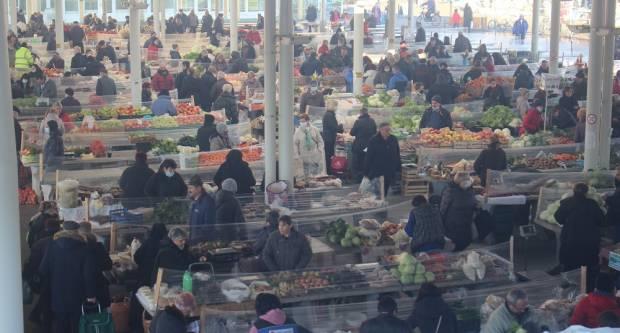 Ovako je jutros izgledala tržnica, evo ponude dana