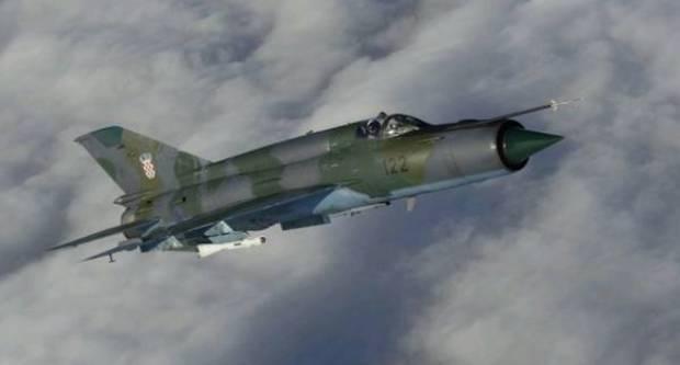 MOGUĆE PROBIJANJE ZVUČNOG ZIDA: Provođenje redovite letačke aktivnosti 191. eskadrile lovačkih aviona HRZ-a