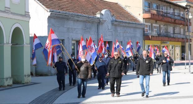 Misom i mimohodom u Pakracu obilježena 30. obljetnica početka Domovinskog rata