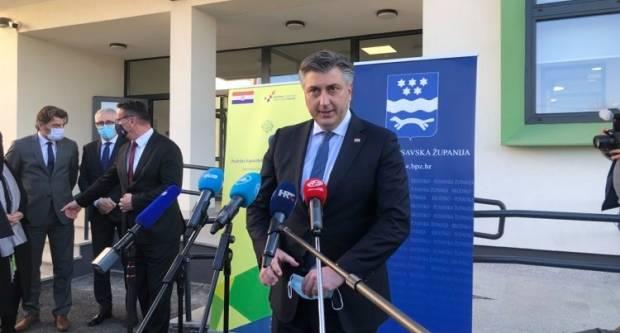 Kako su Plenković i HDZ danas u Slavonskom Brodu pokazali tko je gazda