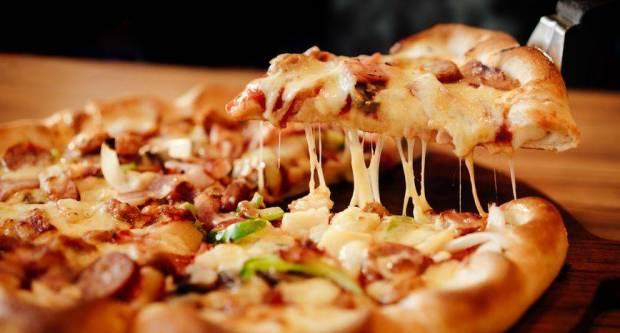 Znate li koliko smo naručili pizza i burgera od početka pandemije?
