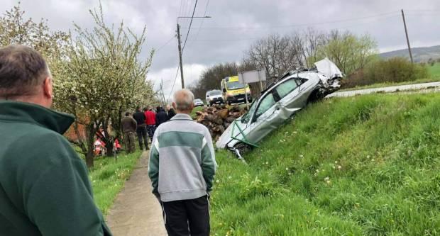 Policija objavila nove detalje strašne prometne nesreće. Vozio 150 km/h kroz selo?