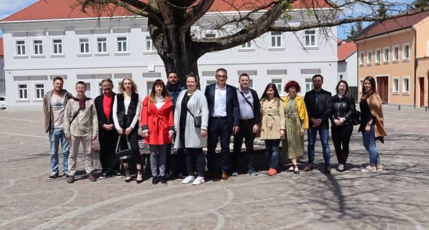 Mitar Obradović i lista: Ostavite ključ Grada na vidljivom mjestu, promjene će u ponedjeljak zasukati rukave