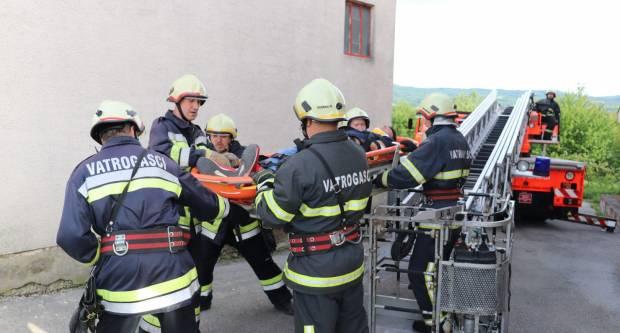 DVD Pakrac i Prekopakra: Demonstrirali osposobljenost i opremljenost za spašavanja s visine