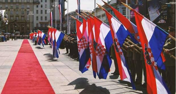 Sretan rođendan! Neka nam živi naša Hrvatska!