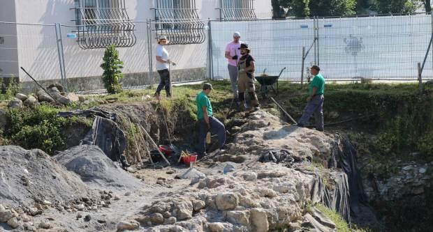 Nastavljena arheološka istraživanja: Peta godina traganja za ostacima Starog grada