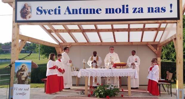 U Podvinju proslavljen sv. Antun Padovanski
