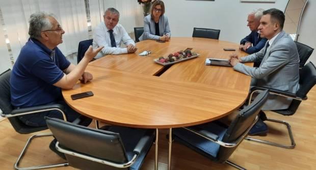 Ministar Horvat jučer u Požegi, susreo se i s radnicama Orljave