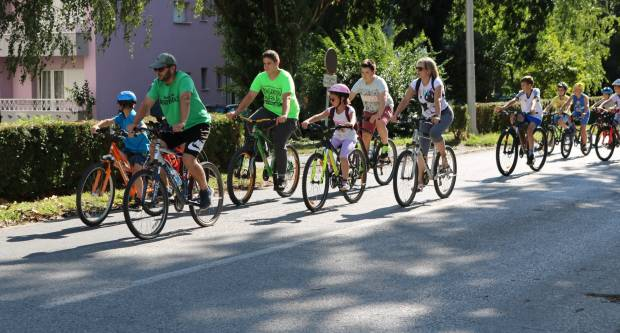 PAKRAČKO LJETO Ovog vikenda biciklijada, promocija knjige i kino