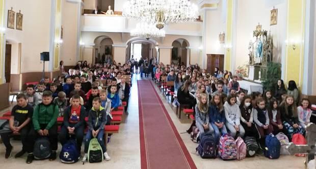Sikirevci: Misa sa zazivom Duha Svetoga na početku školske godine