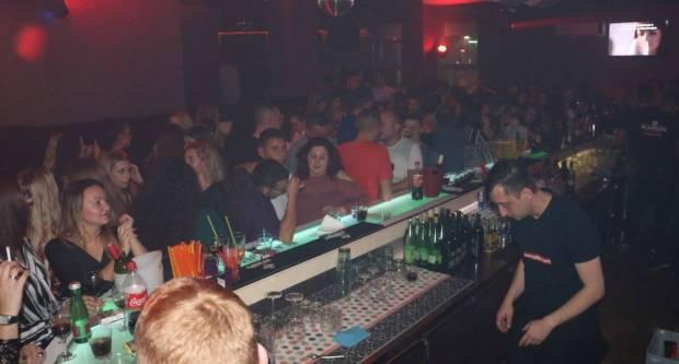 Noćni klubovi se otvaraju kad se 80 posto mladih cijepi