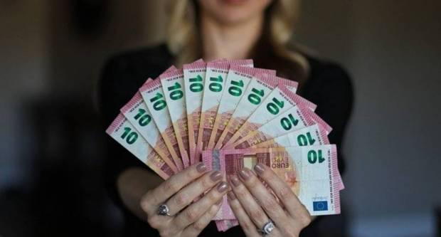 Svi kunski krediti će se preračunati u eure, evo što će biti s kamatama...