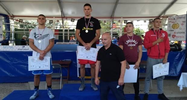 Još jedan uspjeh naših boksača. Gabrijel Veočić najbolji tehničar prvenstva