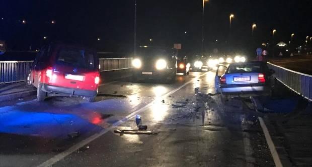 Oduzimanjem prednosti prolaska do prometne nesreće u Požegi