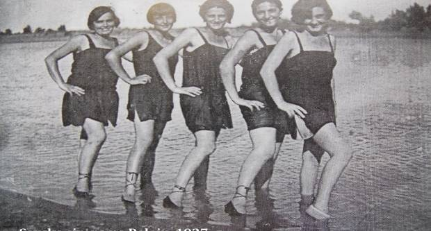 Pet ljepotica na Poloju svojim su nečednim oblačenjem na užas moralista sablaznile brodsku konzervativnu javnost