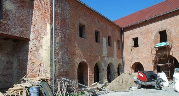 Obnova objekata Pravoslavne crkve: Dvoru i crkvi 900.000 kuna iz Ministarstva kulture