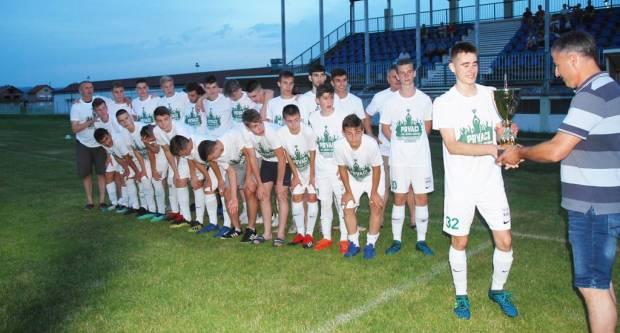 Završena sezona za Hajdukove mlađe: Juniori županijski prvaci