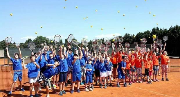 TK Požega organizira besplatnu ljetnu školu tenisa do početka srpnja do kraja kolovoza