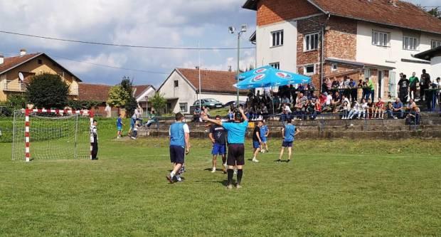 Turnir u Donjoj Obriježi: 15 ekipa se borilo za janjca