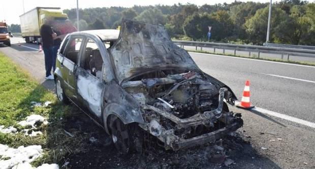 Planuo automobil na autocesti kod Slavonskog Broda