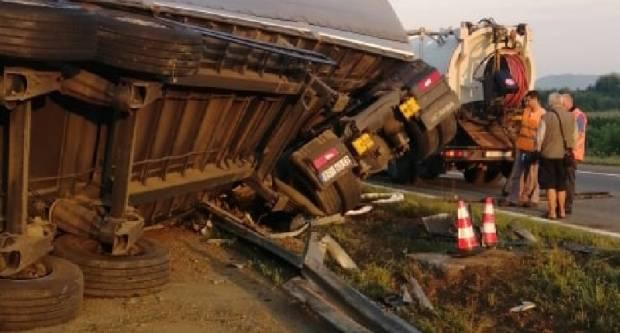 Prometna nesreća kod Brodskog Stupnika
