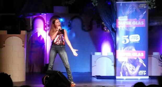 2. POBJEDA- Lipičanka Staša Kukić opet najbolja na Super glasu Aurea festa u Požegi