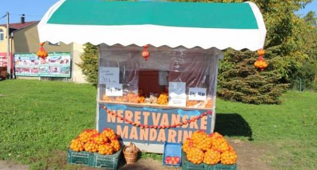 Prodaja jedinstvenih neretvanskih mandarina na nekoliko lokacija u Požegi, Jakšiću i Slavonskom Brodu
