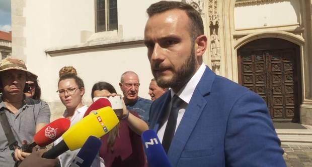 Josip Aladrović si doveo prijatelja da mu bude glavni savjetnik za EU fondove. Tip ima 5 godina radnog iskustva