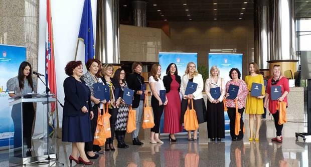 Od 510 nagrađenih nastavnika- Marijana, Martina, Ančica, Lidia, Marina, Dubravka, Anita i Lejla su iz PSŽ