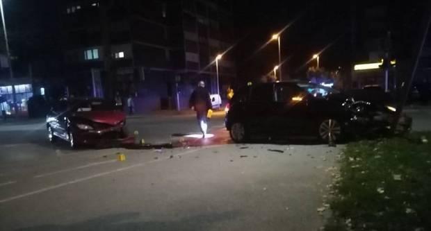Jučer u prometnoj nesreći dvije osobe lakše ozlijeđene