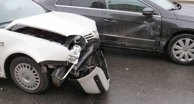Jučer prometna nesreća s materijalnom štetom