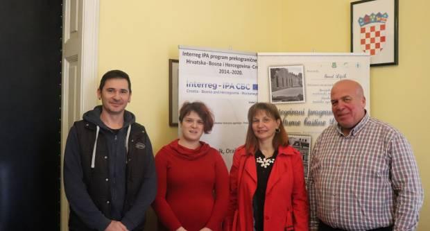 Potpisani novi ugovori o potporama između Grada Lipika i lipičkih poduzetnika