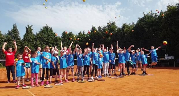 Teniski klub Požega organizira zimsku dječju ligu