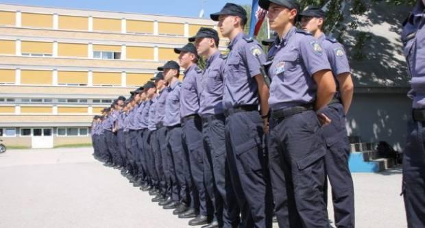 Nakon učitelja, kreću li u štrajk i policajci?