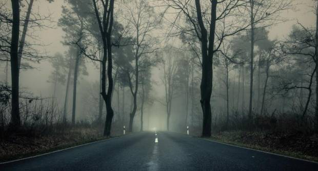 Vozači, oprez! Ceste su skliske i maglovito je, ponegdje moguća poledica