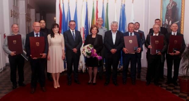 Održana svečana dodjela nagrada povodom Dana Požeško-slavonske županije