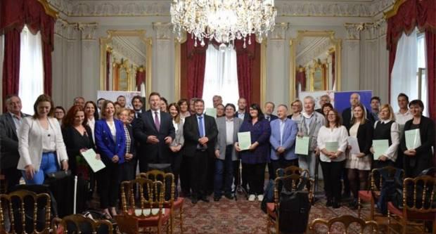 Društvu multiple skleroze Požeško-slavonske županije dva milijuna kuna za projekt Most suradnje