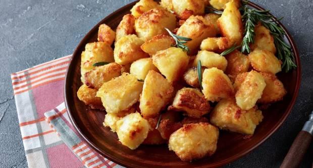 Trik od 1 kune uz koji pečeni krumpir postaje neodoljivo hrskav