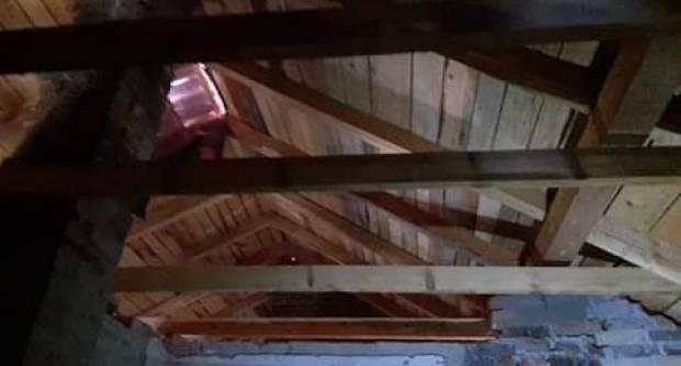 Obitelj Jakovljević nakon požara i dalje živi u ovoj kući, trebaju našu pomoć da saniraju štetu!