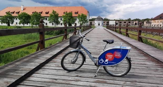 Dva sata besplatne ljetne vožnje gradskim biciklima u Slavonskom Brodu!