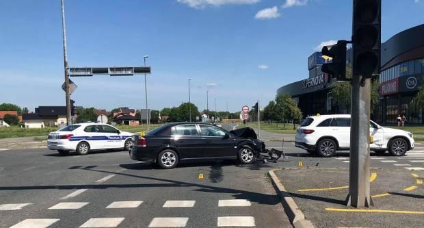 U tjedan dana 16 prometnih nesreća s četiri ozlijeđene osobe