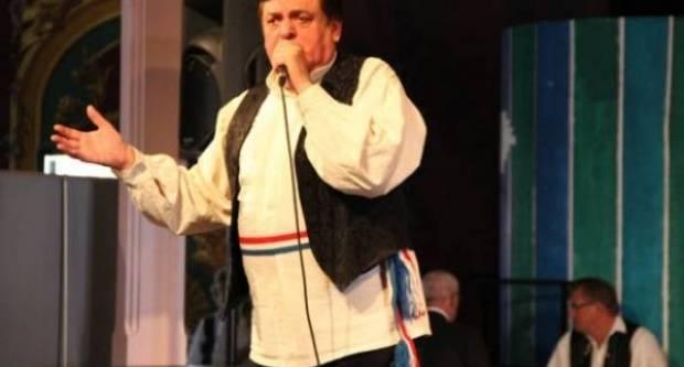 Legendarni pjevač Kićo Slabinac je nakon operacije srca u životnoj opasnosti