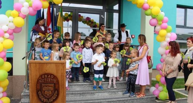 Uz Dan grada Kutjeva otvoren novi Dječji vrtić ʺGrozdićʺ