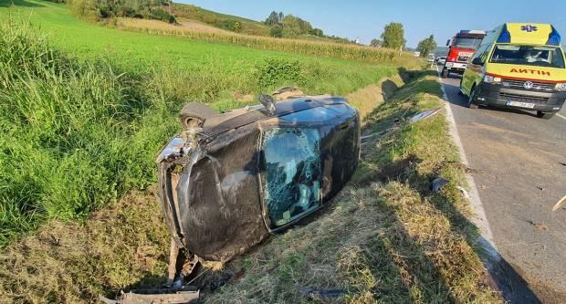 Teža prometna nesreća kod Daranovaca, dvije osobe završile u OŽB Požega