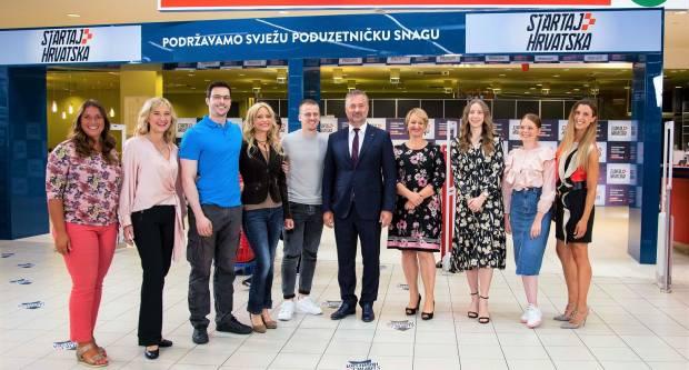 """Svečanim otvorenjem """"plavih polica"""" SPAR Hrvatska i Nova TV najavili početak projekta """"Startaj Hrvatska"""""""