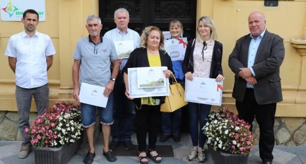 Obitelj Risek iz Šeovice ima najljepšu ljetnu okućnicu Grada Lipika u 2020.