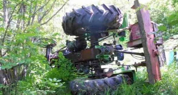 U prevrtanju traktora u Vasinim Lazama jedna osoba smrtno stradala
