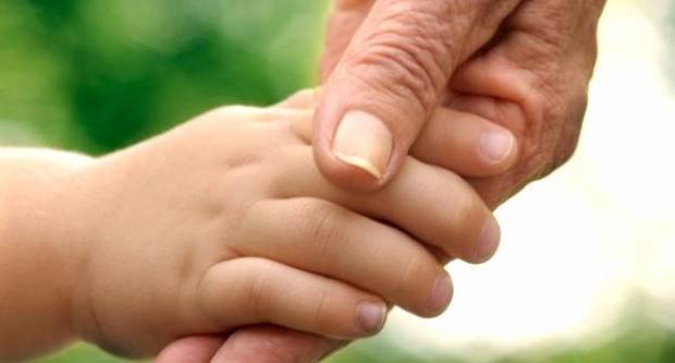 PORUKA OTUĐENOJ DJEVOJČICI:  ʺUmrla je baka Sivaʺ